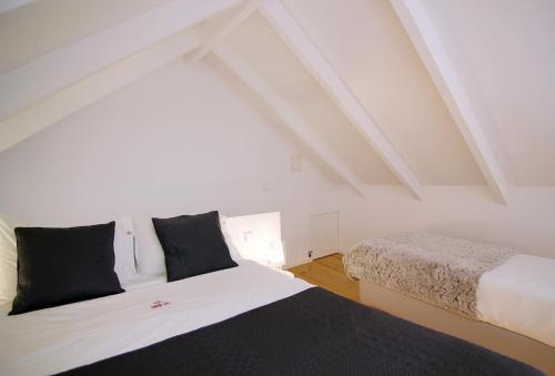 HM - Bonjardim Duplex Charming Apartment, 4000-323 Porto