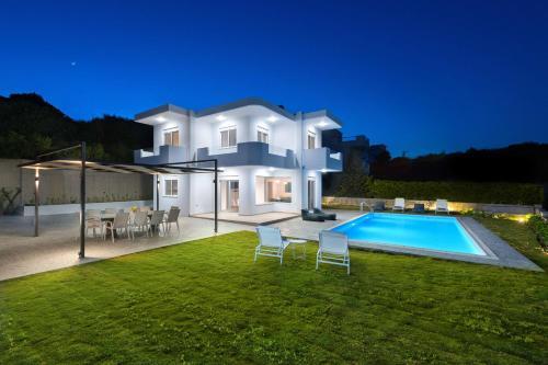 Hill And Sea View Villas