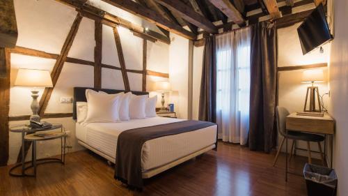 Habitación Doble Superior Abad Toledo 8