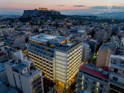 Mitropoleos 15, 10557 Athens, Greece.