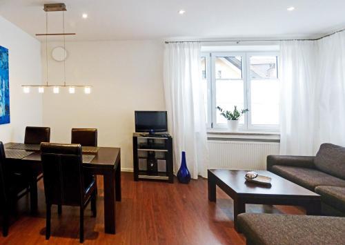 . Ferienwohnung Am Kurpark - Wohnung 1,60qm-