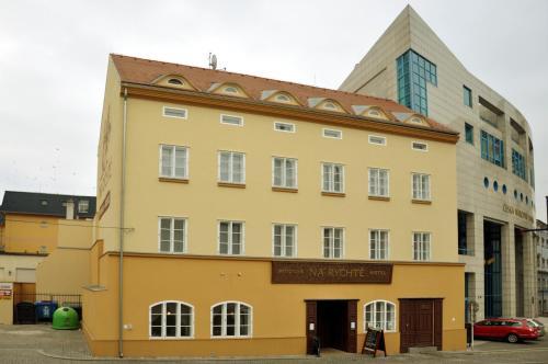 __{offers.Best_flights}__ Pivovar Hotel Na Rychtě