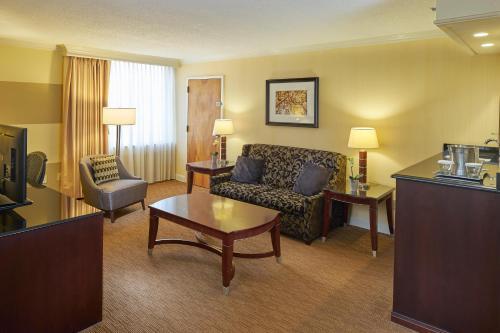 Hilton Raleigh North Hills - Raleigh, NC NC 27609-7330