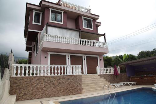 Alanya Alaiye Villa online rezervasyon