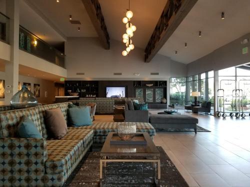 Executive Inn & Suites Oakland - Oakland, CA CA 94606