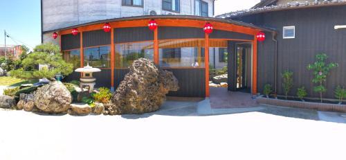 OYO Hotel Sunmarine