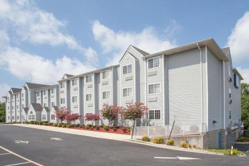 . Microtel Inn and Suites Dover