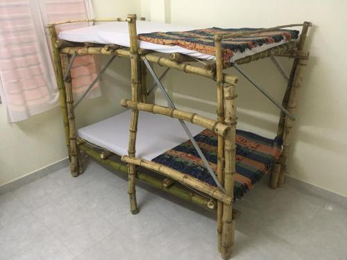 Giường trong Phòng ngủ tập thể Nữ 4 Người (Bed in 4-Bed Female Dormitory Room)