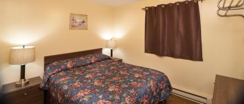 Black Sea Motel - Accommodation - Penticton