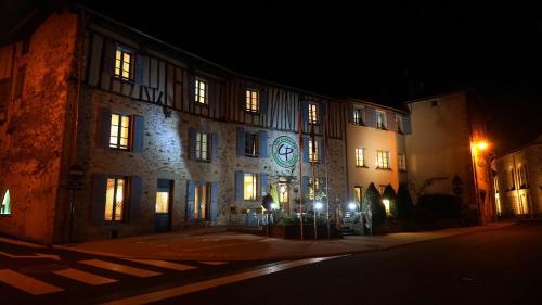 __{offers.Best_flights}__ Le Saint Eloi Logis & SPA Restaurant L Schumacher