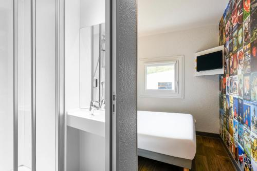 hotelF1 Paris Porte de Châtillon photo 12