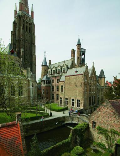 Groeninge 4, Bruges, 8000, Belgium.