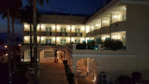 Accommodation in Lazzaro