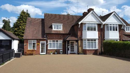 Hampton Lodge