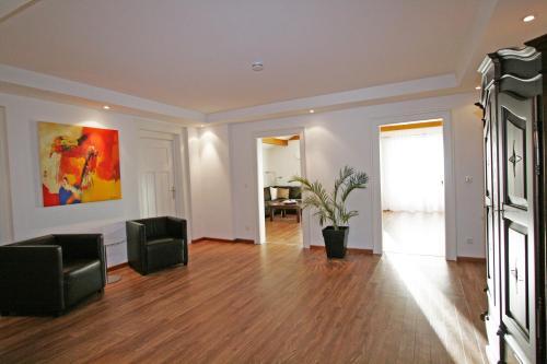 . Ferienwohnung Am Kurpark -Wohnung 3,150qm- mit Lift