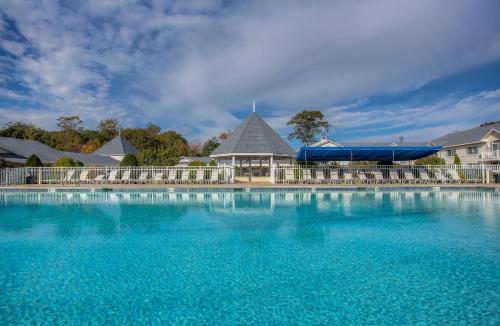 . Ogunquit Hotel and Suites