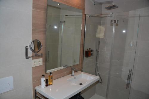 Suite Hotel Tierra Buxo - Adults Only 9