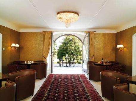 Schloss Neutrauchburg - Hotel - Isny im Allgäu