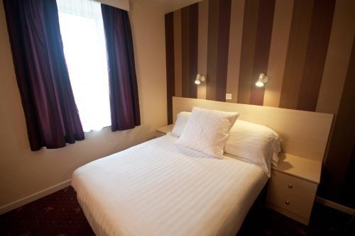 Norfolk Hotel - Photo 4 of 29