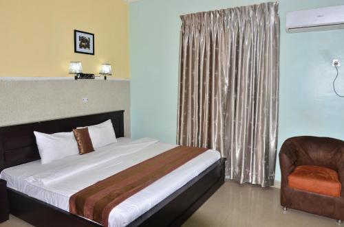 Фото отеля Grand Capital Hotel
