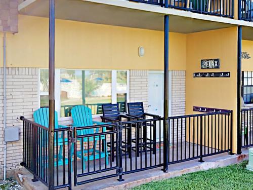 41IR  Beach Retreat   Three Bedroom Home