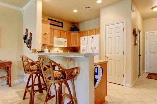 Lazy Pelican   Two Bedroom Townhome