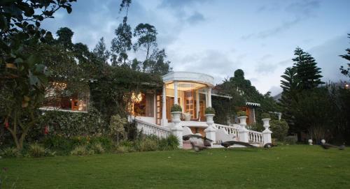 . La Mirage Garden Hotel & Spa
