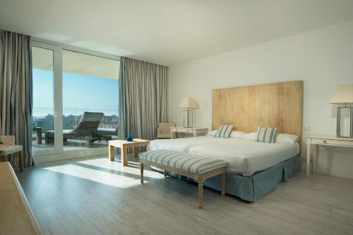 . Suites Puerto Sherry