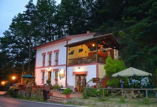 . Casa Rural Priena