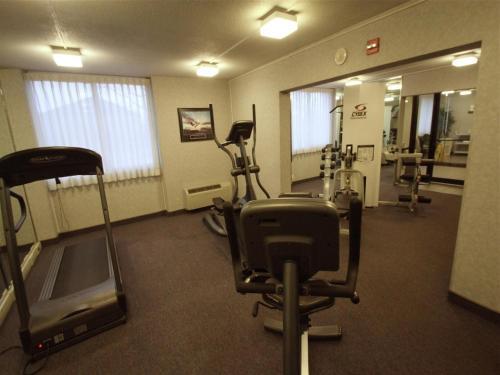 Fireside Inn And Suites - Westbrook, ME 04103