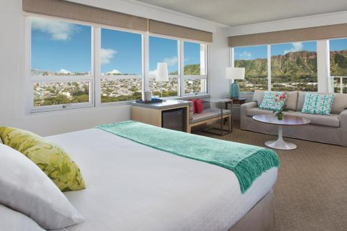 Queen Kapiolani Hotel - Honolulu, HI HI 96815