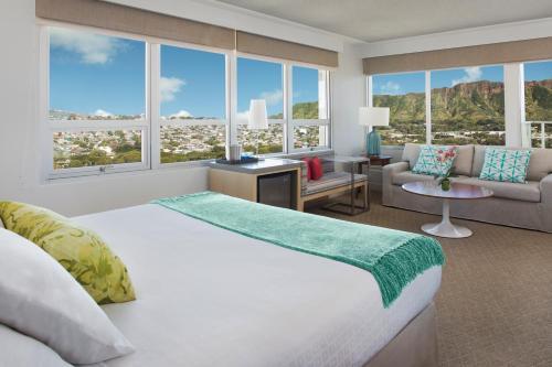 Queen Kapiolani Hotel Waikiki - Honolulu, HI 96815