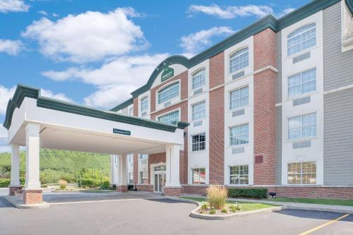 Wingate by Wyndham Ellicottville - Hotel