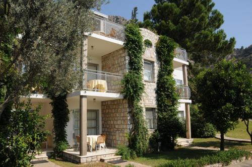 Residence At Loryma Resort