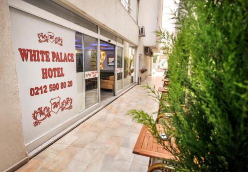 Istanbul White Palace Hotel