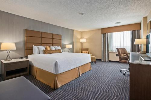 Best Western Premier Calgary Plaza Hotel & Conference Centre - Calgary, AB T2A 6B6