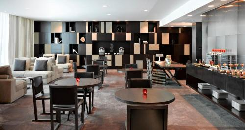 The Canvas Hotel Dubai MGallery By Sofitel photo 15