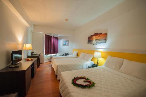 Grand Plaza Hotel room photos
