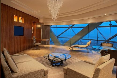 Andaz Capital Gate Abu Dhabi - a concept by Hyatt photo 8