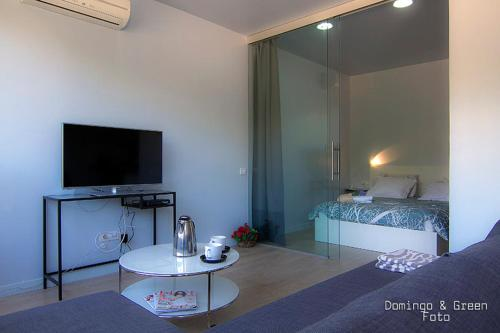 Blue Azur Apartments impression