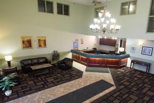 Nova Inn Acheson - Hotel - Spruce Grove