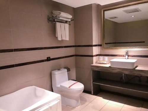 Guangxi Golden Holiday Hotel 房间的照片