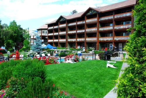 . Lakeside Lodge and Suites