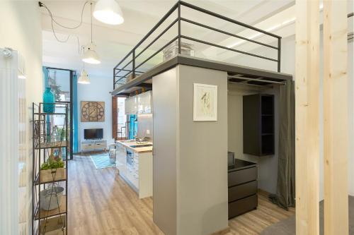 Urban District Apartments-Vintage Suites & Loft photo 55