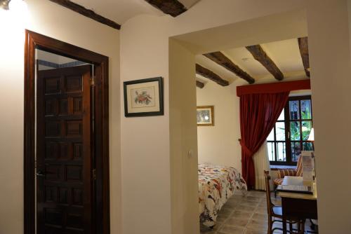 Doppelzimmer - Einzelnutzung Hotel Rural Masía la Mota 12