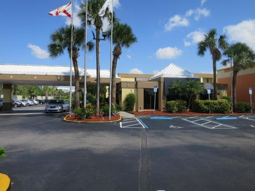 Floridian Express International Drive Hotel - Orlando, FL 32819
