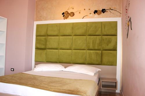 Фото отеля Hotel Nacional Vlore