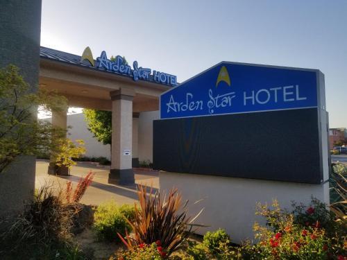 . Arden Star Hotel