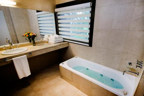 Фото отеля Hotel Provincial