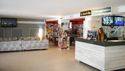 wholesale dealer 11070 c29f9 Hotel Elba - Young People Hotels Rimini in Italy